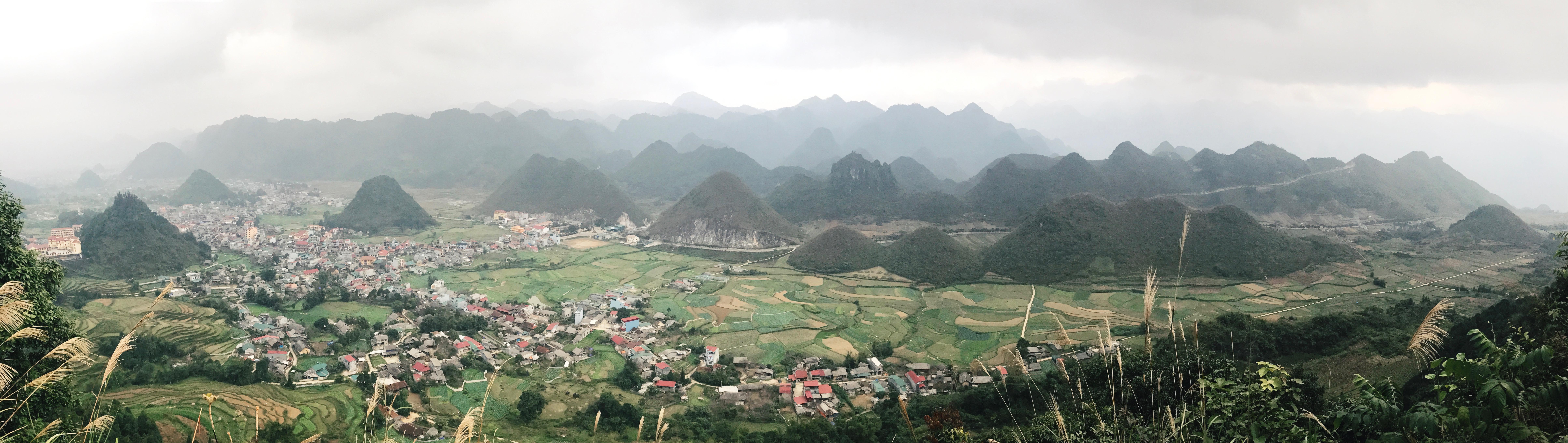 Quan Ba Pass panoramic