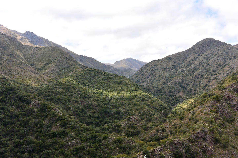 Camino de montañas hacia Huertas Malas.