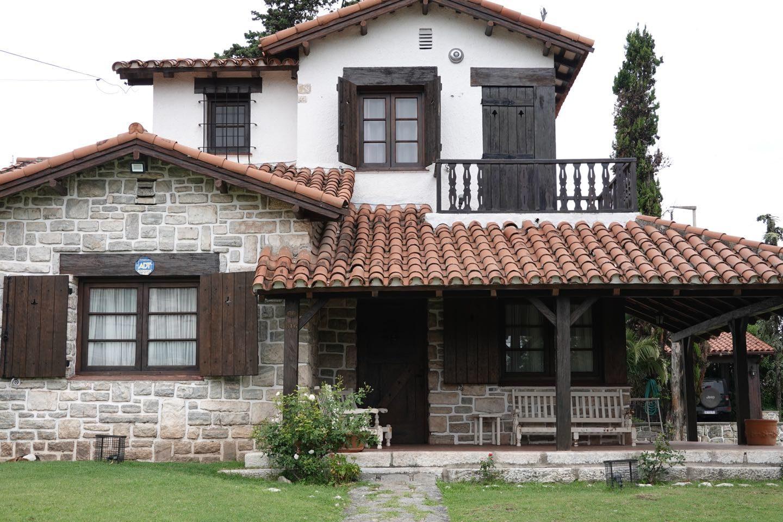 Hermosa casa de estilo europeo en La Falda