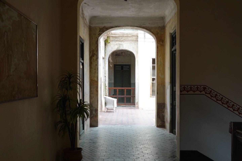 Pasillos del primer piso del Hotel Edén
