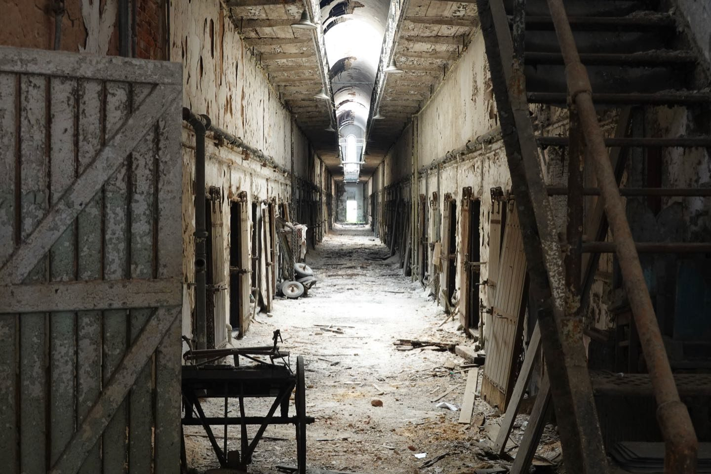 Abandoned prison to visit in America.
