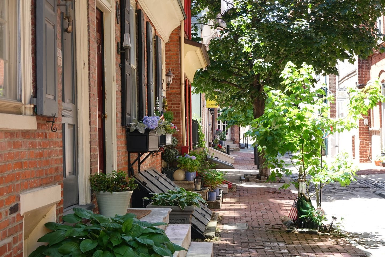 Lovely alleys of Philadelphia.