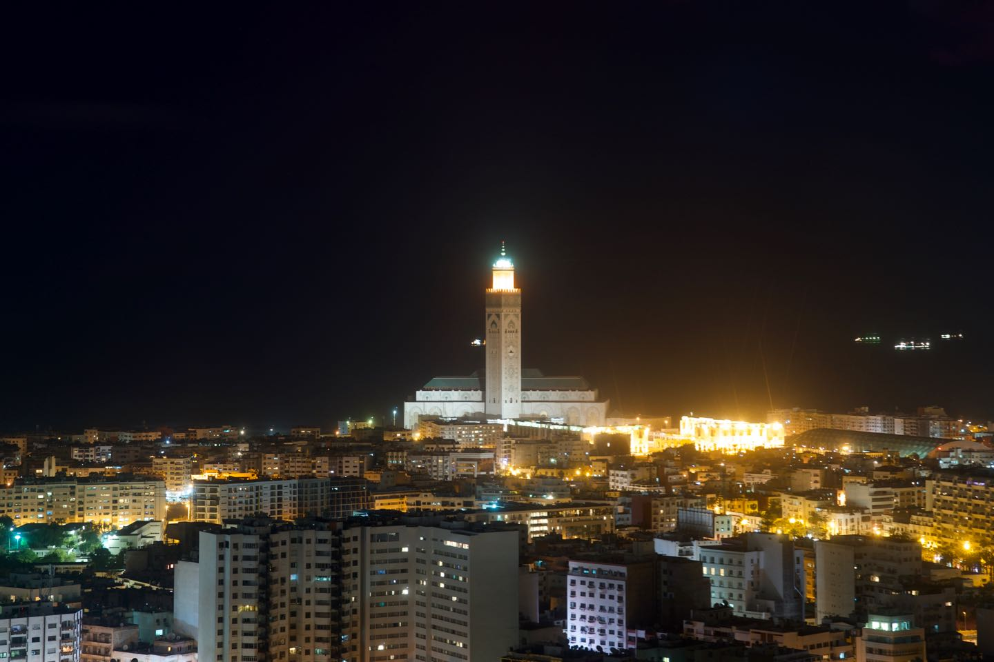 Panoramic view of Casablanca and the Hassan II Moque. Best views of Casablanca.